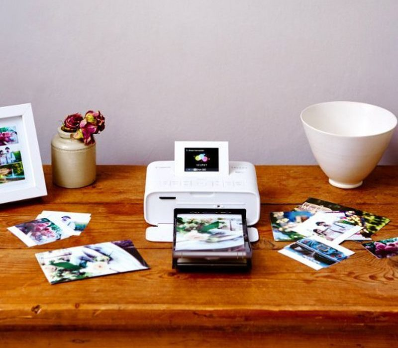 Home&Photo_Printers_SELPHY_CP1200_Ambient